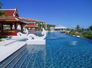 Infinity pool at Amatara Resort and Wellness