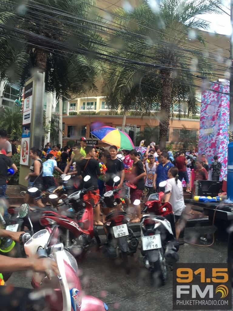 Phuket Songkran 2015-84.JPG