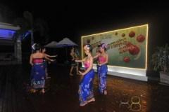 East 88 Restaurant & Beach Lounge Xmas Eve 061
