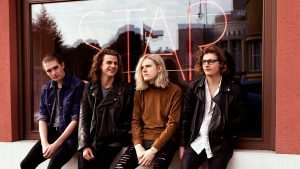 Sundara Karma and You me at six on Top of the Pops