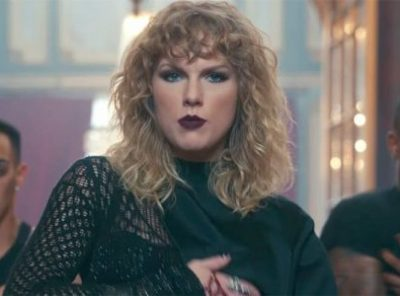 Taylor Swift Strikes Back & hits No 1 in the UK.