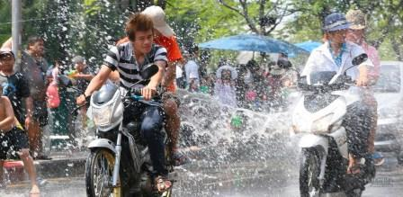 "Songkran Thailand ""The largest water fight in the world"""