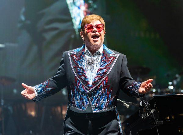 Elton John Celebrates 30 Years of Sobriety
