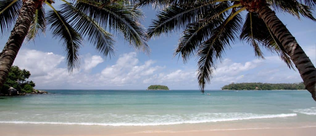 Re Kata beach Club Island View