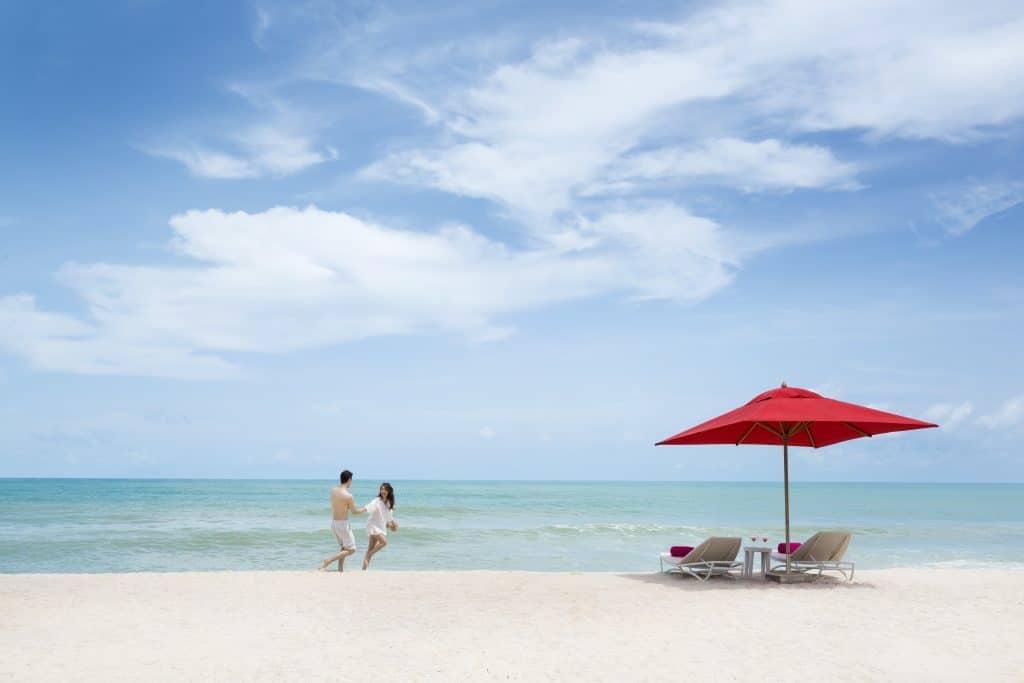 Xana Beach Club Bang Tao Beach